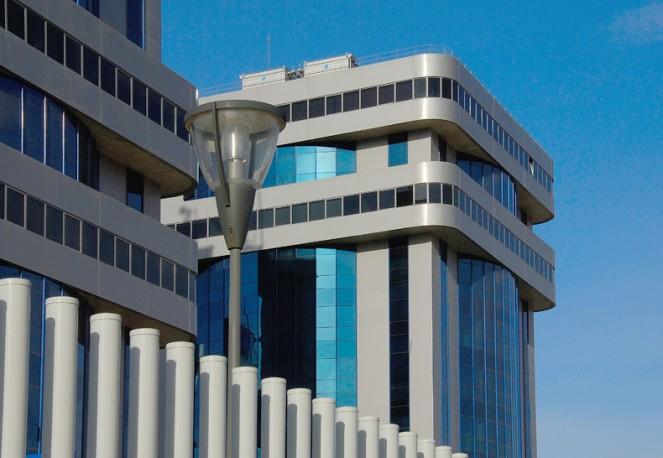Oficina de 90 m2 en calle Arquitectura, San Jeronimo, Sevilla