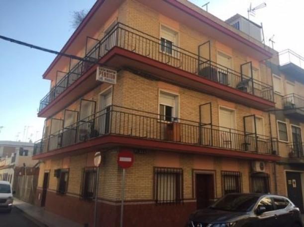 Casa de 405 m2 en calle Soria, Bellavista, Sevilla