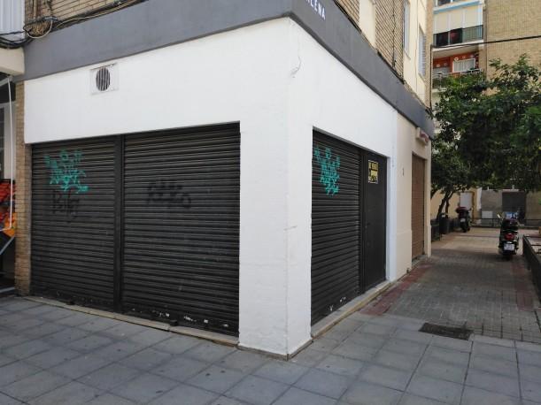 Local de 38 m2 en Plaza Galena, Macarena, Sevilla