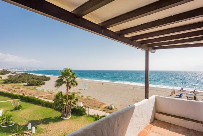 Casa de 220 m2 en Urbanización Pedraza Beach, Manilva, Malaga