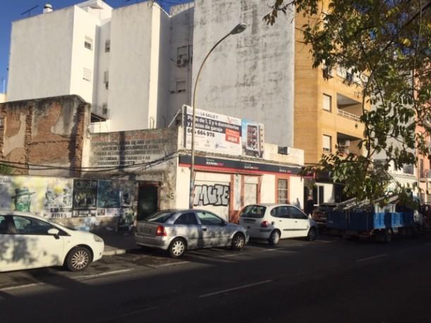 Piso de 126 m2 en Avenida San Juan de la Salle 7, Sevilla, Sevilla
