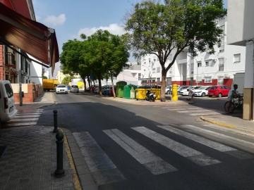 Local 62 m2 en calle Naranja y Limones nº3, San Jose de la Rinconada, Sevilla